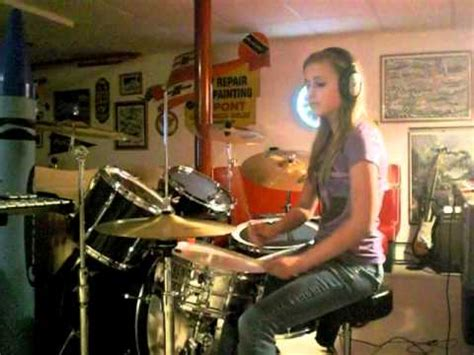 "16 Year Old Girl Drummer ""Animals"" by Nickelback (Drum"