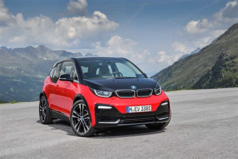Over a million BMW Group vehicles delivered in first five