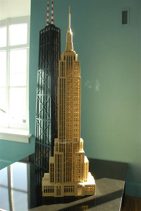 Lego Empire State Building | This tower is a replica of