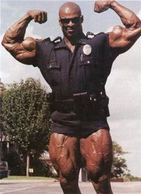 World's Strongest Police Officer hails from Chicago