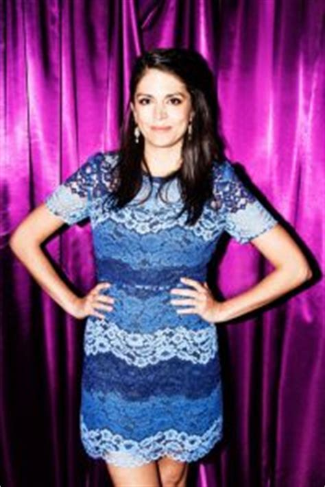 Cecily Strong Bra Size, Age, Weight, Height, Measurements