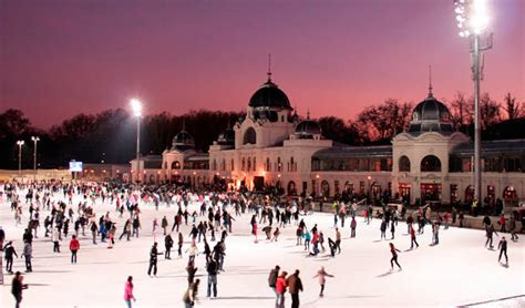 Where can ice lovers go ice skating in Budapest? • Free