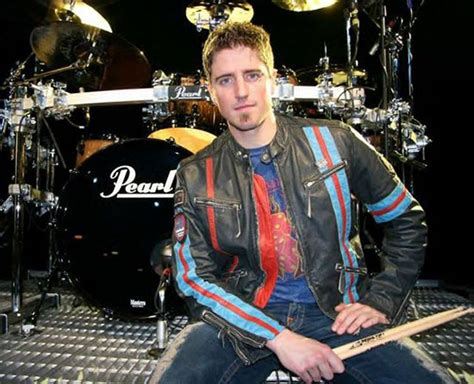 Daniel Adair - DRUMMERWORLD
