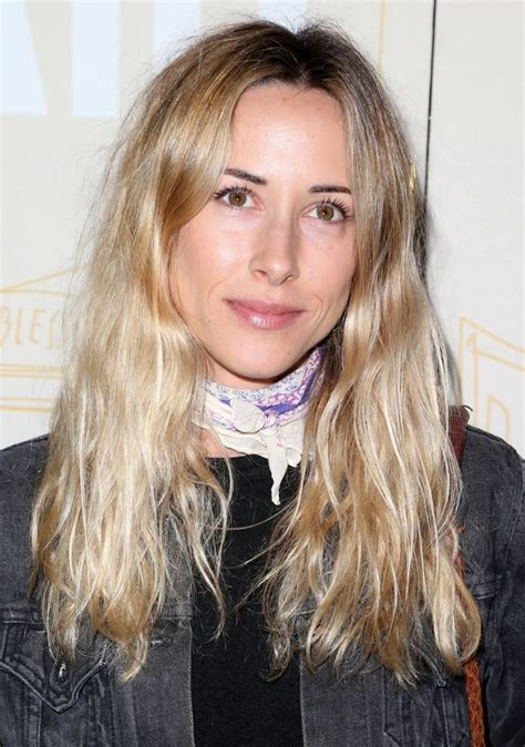 Gillian Zinser photo gallery - page #2   ThePlace