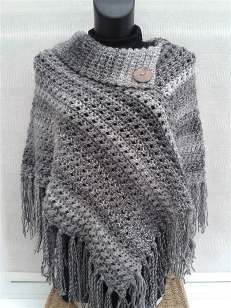 crocheted poncho from www